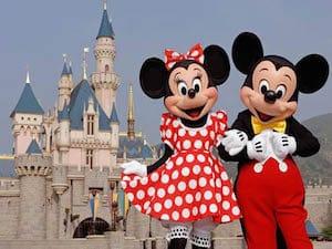How to Enjoy Disneyland with Your Grandchild