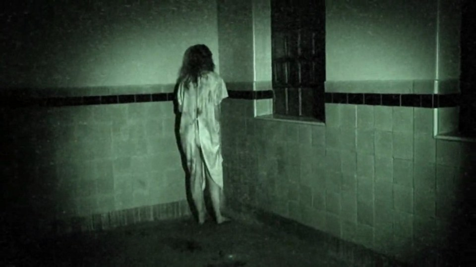grave-encounters-pic2