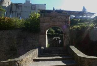Aufgang zur Burg
