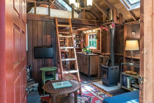 Adorable Cabin Style Ideas For Small House 36