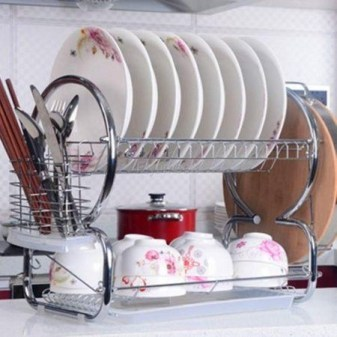 Beautiful Dish Rack Ideas For Your Small Kitchen 18