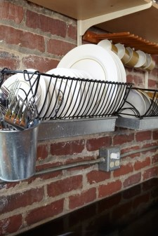 Beautiful Dish Rack Ideas For Your Small Kitchen 19