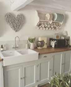 Beautiful Dish Rack Ideas For Your Small Kitchen 23