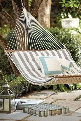Brilliant Hammock Ideas For Backyard 07
