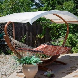 Brilliant Hammock Ideas For Backyard 20