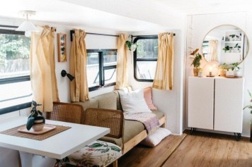 Cool Rv Decoration Ideas You Can Try 14