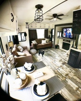 Cool Rv Decoration Ideas You Can Try 20