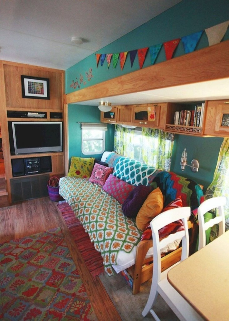 Cool Rv Decoration Ideas You Can Try 54