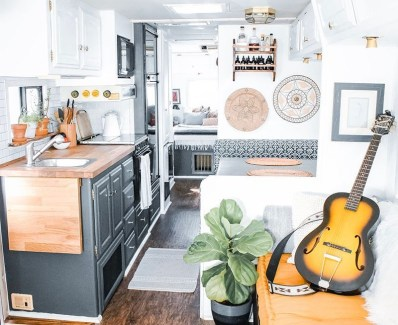 Cool Rv Decoration Ideas You Can Try 56
