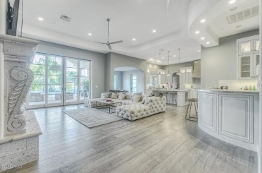 Fascinating Interior Decoration Ideas With Floors 32