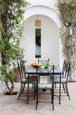 Outstanding Outdoor Dining Room Ideas 09
