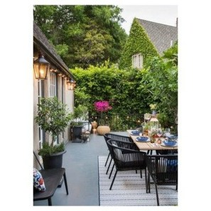 Outstanding Outdoor Dining Room Ideas 43