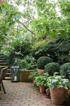 Perfect Home Garden Design Ideas That Make You Cozy 37
