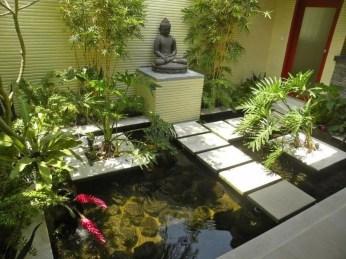 Stunning Backyard Aquarium Ideas 07