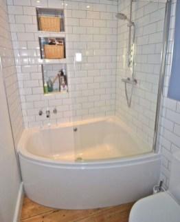 Stylish Small Bathroom Design Ideas On A Budget 01