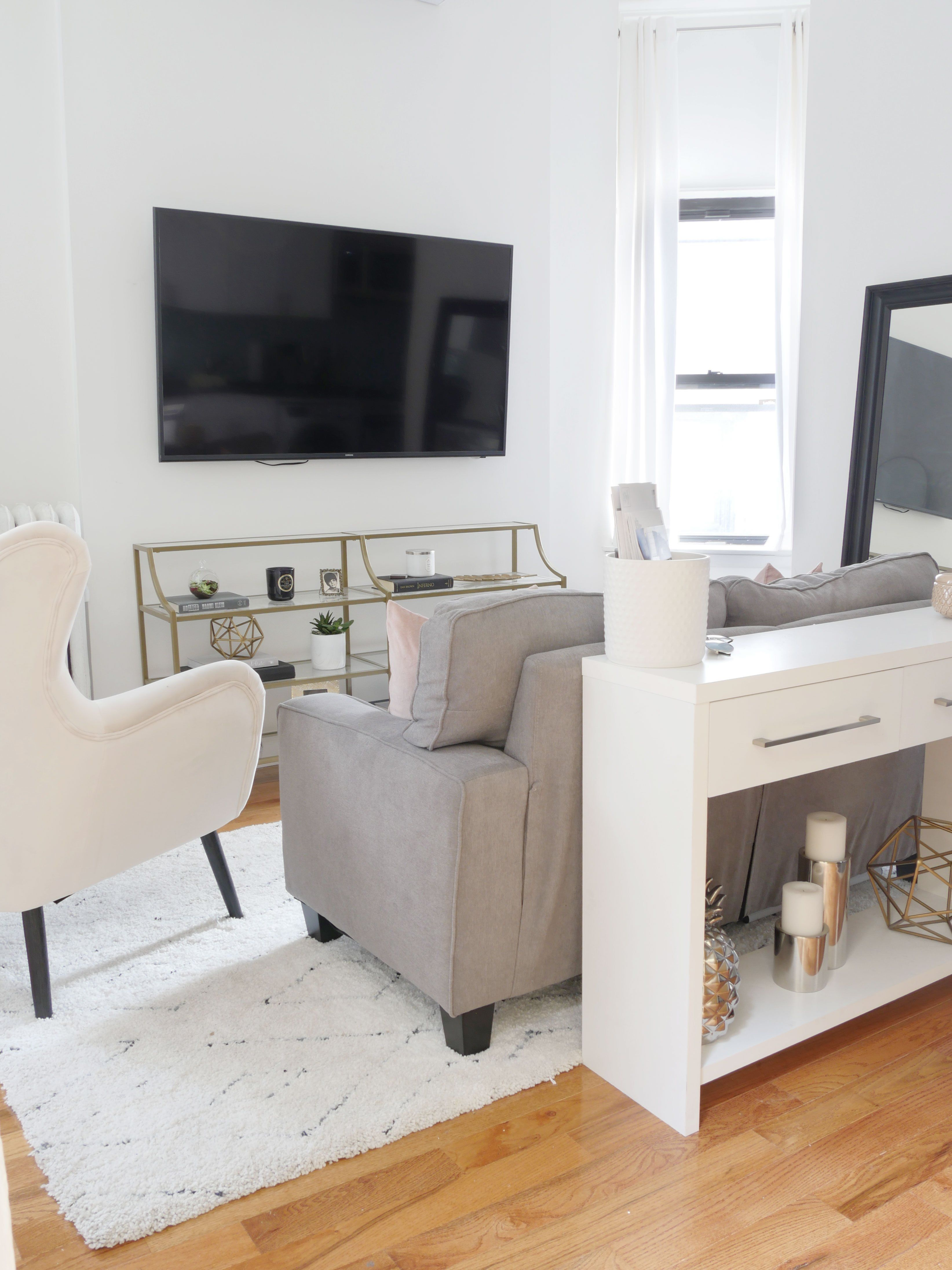 Astonishing Rental Apartment Decorating Ideas 49