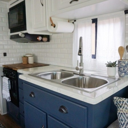 Captivating Rv Kitchen Remodel Ideas That You Have To Know 07