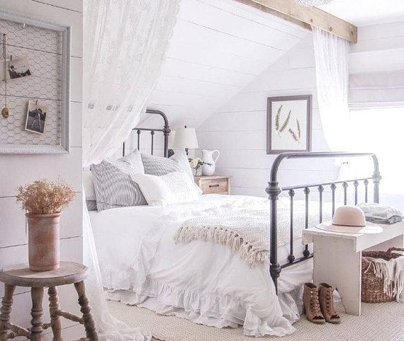 Catchy Bedroom Ideas That Will Make You Cozy 15