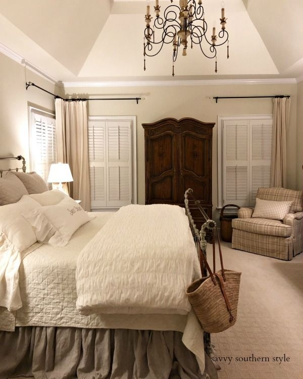Catchy Bedroom Ideas That Will Make You Cozy 22