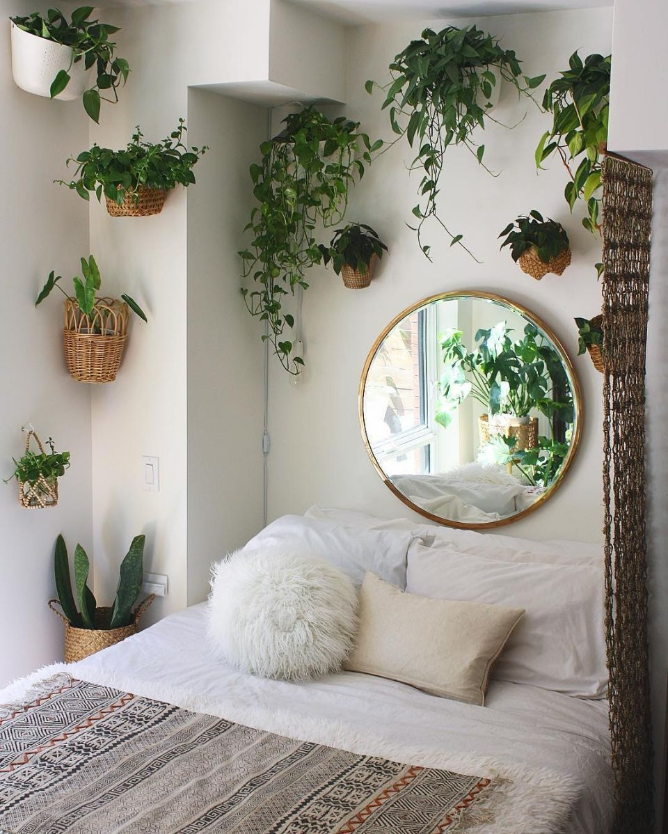 Catchy Bedroom Ideas That Will Make You Cozy 35