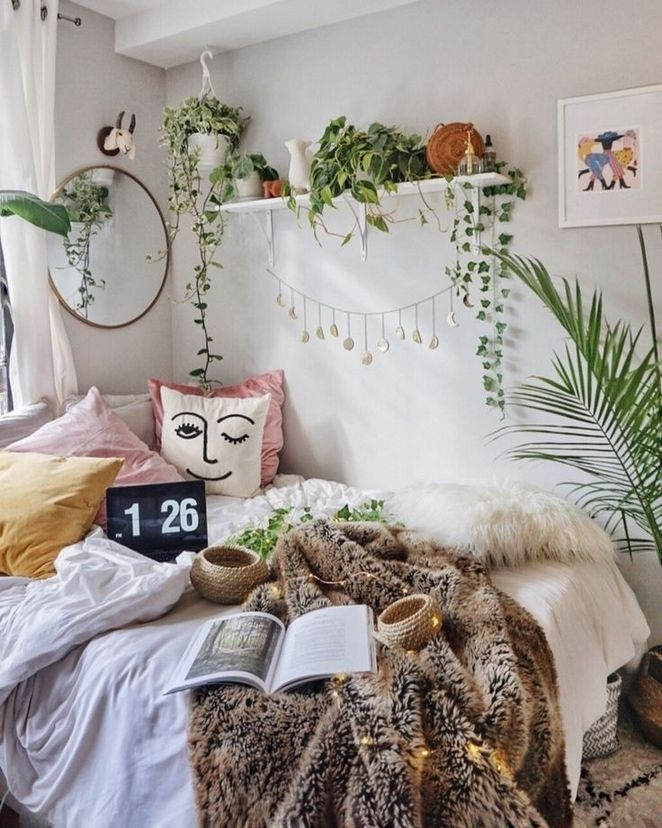 Catchy Bedroom Ideas That Will Make You Cozy 50