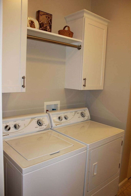 Cozy Laundry Room Storage Design Ideas 03