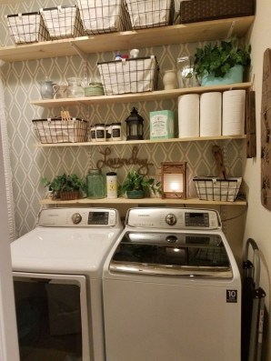 Cozy Laundry Room Storage Design Ideas 16