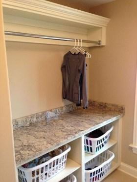 Cozy Laundry Room Storage Design Ideas 34