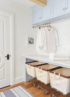 Elegant Laundry Room Design Ideas 18