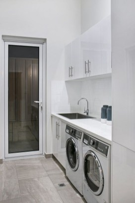 Fabulous Functional Laundry Room Decoration Ideas On A Budget 07