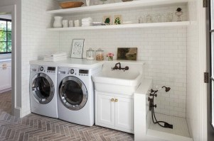 Fabulous Functional Laundry Room Decoration Ideas On A Budget 30