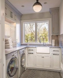 Fabulous Functional Laundry Room Decoration Ideas On A Budget 42