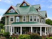 Incredible Farmhouse Exterior Ideas With Metal Roof 36