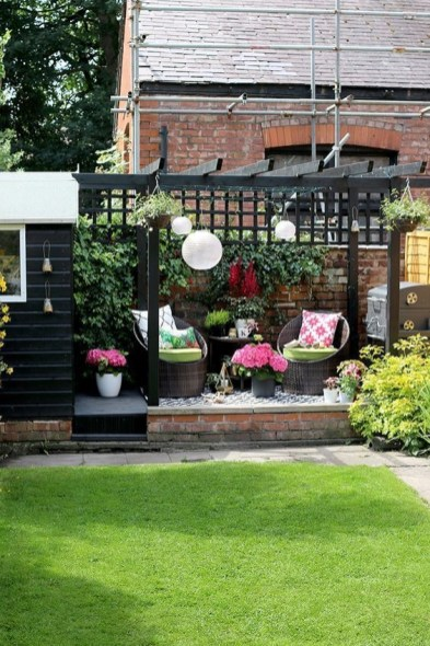 Latest Home Patio Design With Hanging Plants 23