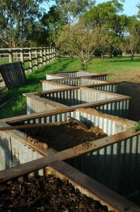 Outstanding Diy Raised Garden Beds Ideas 17