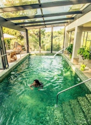 Perfect Backyard Home Design Ideas With Swimming Pool 23