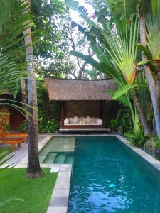 Perfect Backyard Home Design Ideas With Swimming Pool 48