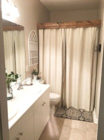 Comfy Bathroom Decor Ideas To Try This Year 48