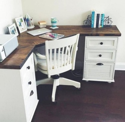 Creative Farmhouse Desk Ideas For The Home Office To Try 48