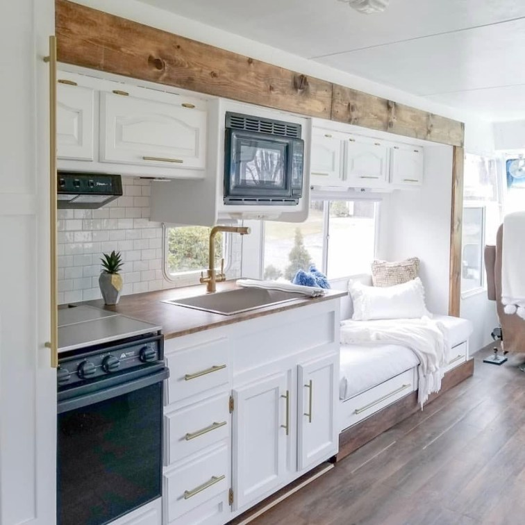 Extraordinary Interior Rv Makeover Ideas You Must Have 01