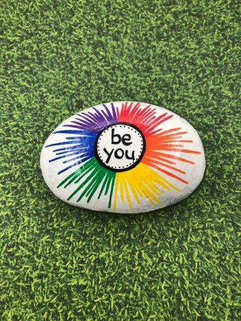 Fascinating Painted Rocks Quotes Design Ideas 26