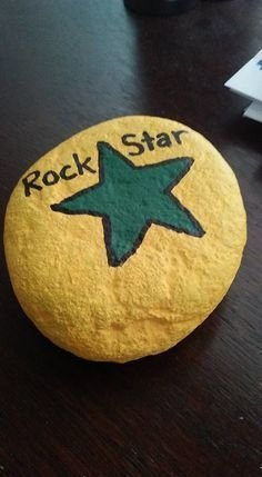 Fascinating Painted Rocks Quotes Design Ideas 31
