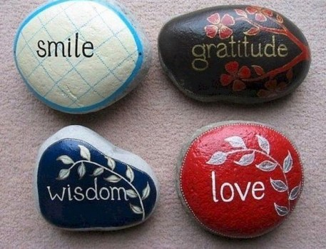 Fascinating Painted Rocks Quotes Design Ideas 42
