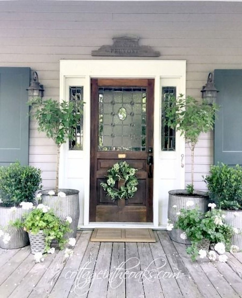 Lovely Summer Decorating Ideas For Front Porch 13