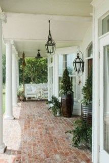 Lovely Summer Decorating Ideas For Front Porch 25