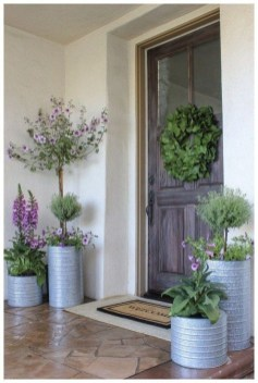Lovely Summer Decorating Ideas For Front Porch 32