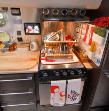 Popular Rv Storage Solutions Ideas For Travel Trailers 25