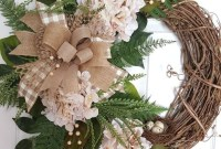 Pretty Summer Wreaths Decor Ideas That Looks Cool 31