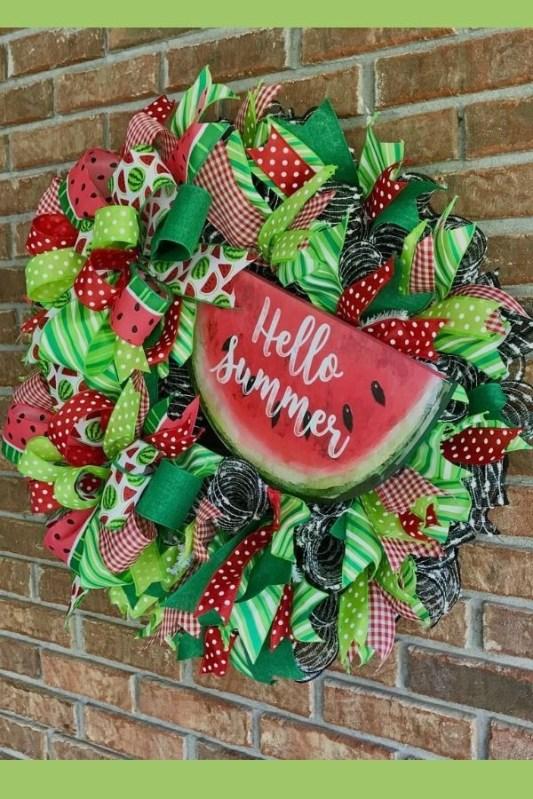 Pretty Summer Wreaths Decor Ideas That Looks Cool 40