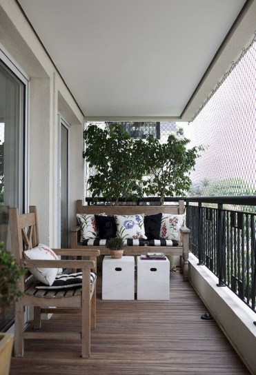 Adorable Balcony Design Ideas You Must Try 14